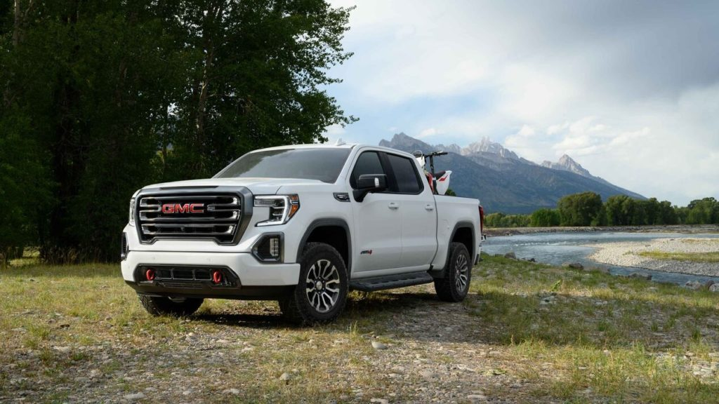 2020 GMC sierra 1500 at4 white